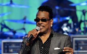 Charlie Wilson Performs